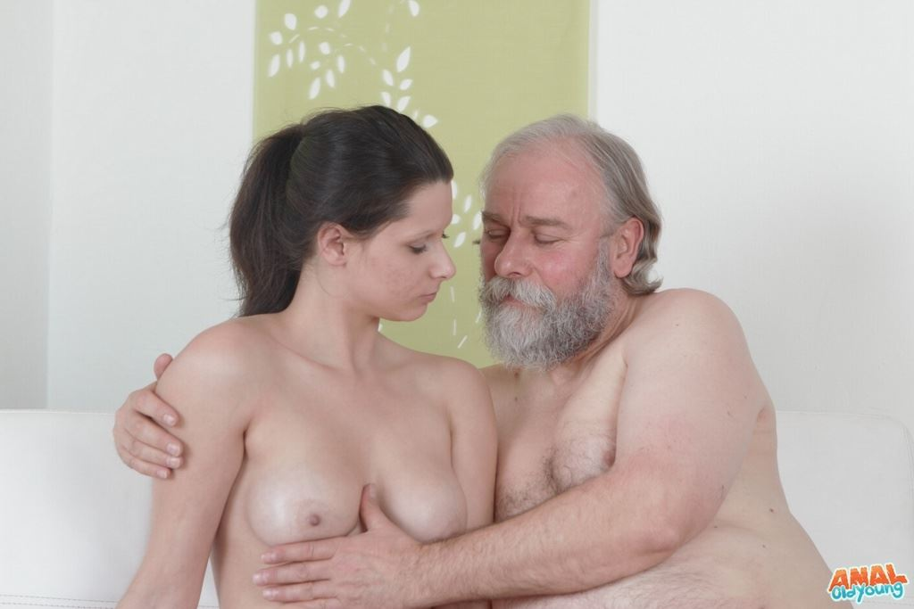 stariy-porno-izvrashenets-porno
