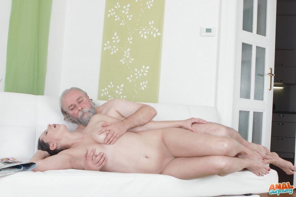 мне кажется Порно бесплатно русский инцест реально этом что-то есть. Спасибо