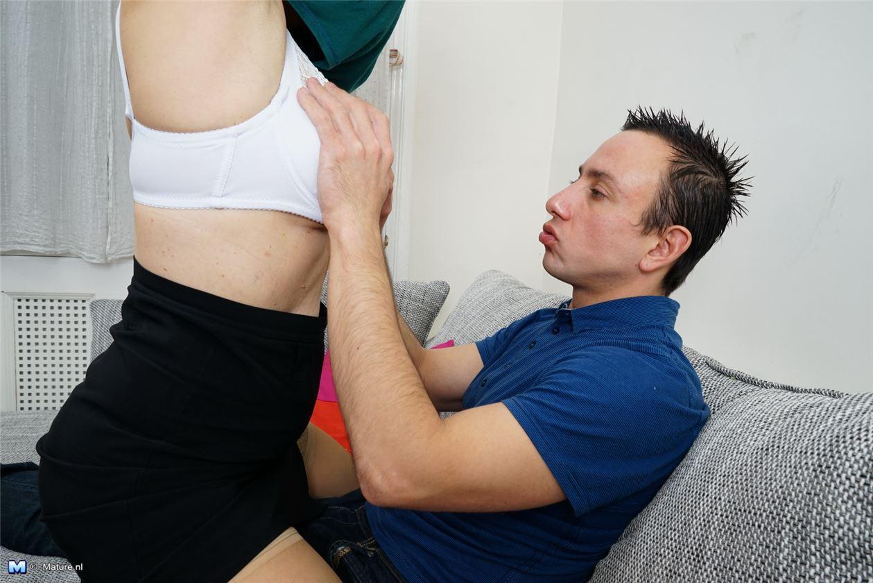 домашнее порно фото в вещах