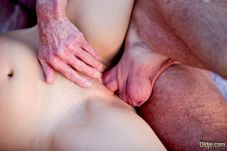 Порно видео Хейден Хеннесси - Скачать и смотреть онлайн порно Hayden Hennessy