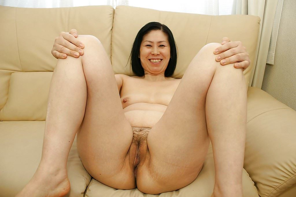 Group of nude asian women